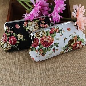 Floral coin purse wallet with snap closure